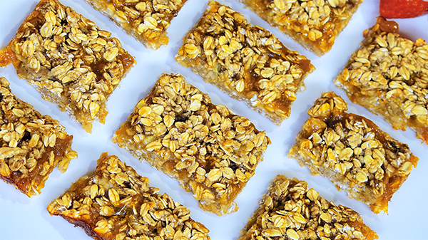 Jazzy Vegetarian's Four-Ingredient Apricot Bars