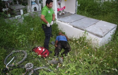Por Poco y Muere Junto a Una Tumba en Panteón Municipal de Mante