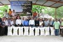 SRU-042-2018.-Con la entrega de fertilizante, Gobierno del Estado fortalece zona citrícola de Llera (1)