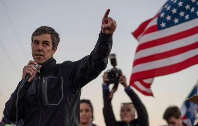 Demócrata O'Rourke promete legalizar inmigrantes y cancelar muro