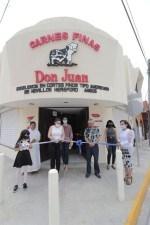 Alcaldesa Asiste a Inauguración de Carnicería