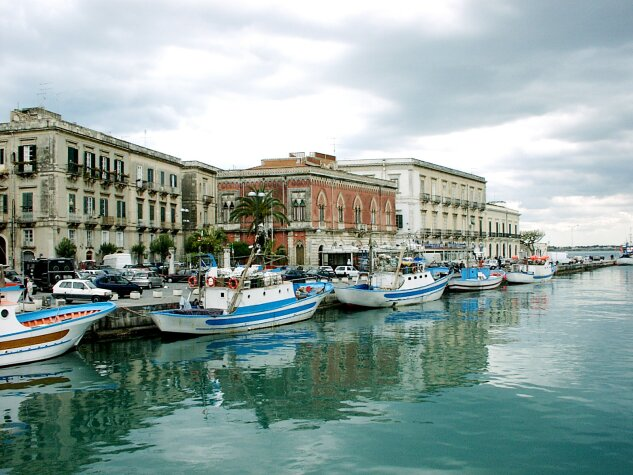 The island of Ortigia with its Greek past