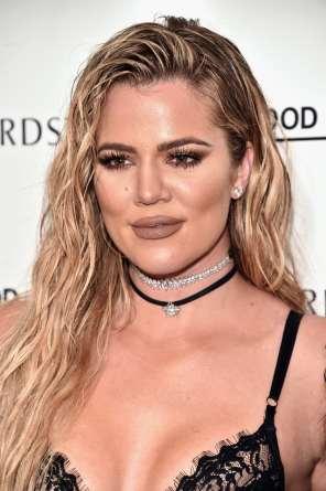 khloe-kardashian-wet-look-hair-wavy