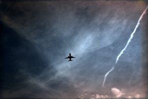 Plane & streak
