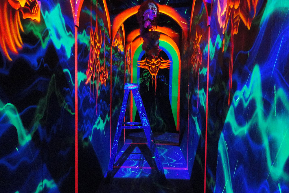 Blacklight Attractions Guru Larry Kirchner Gives an Animated Bowl Expo 2019 Interview