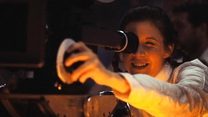 carrie-fisher-camera-1536x864-806777219427