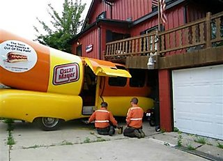 Wienermobile, meats it's match.