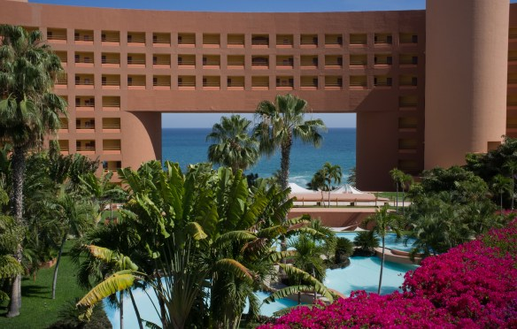 Part of the dramatic setting at the Westin Los Cabos.