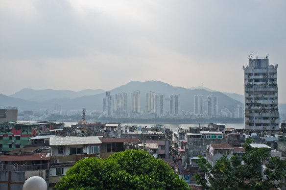 How close is Mainland China to Macao? You're looking at it, across the river.