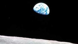 lt058_earth-hour_horvat