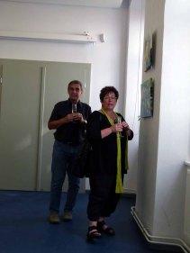 Besucher der Ausstellung von Frank Koebsch im KIZ Schwerin (2)