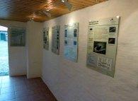 Blick in die Sonderausstellung Schiffbruch und Rettung - Der Leuchtturm Darßer Ort und seine Bedeutung als Seezeichen (2)