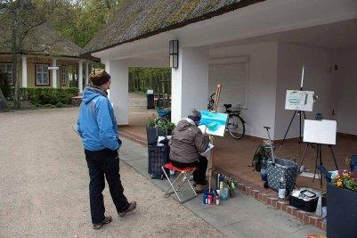 Workshop Acrylmalerei mit Anka Gruss im Konzertkarten Ost während des Plein Air Festivals in Kühlungsborn (c) FRank Koebsch