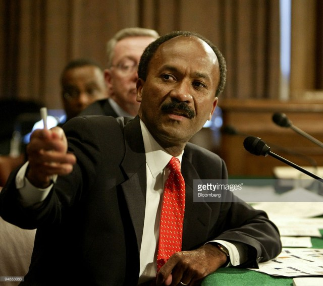 franklin-d-raines-chairman-and-ceo-of-fannie-mae-speaks-during-a-of-picture-id94883083.jpg