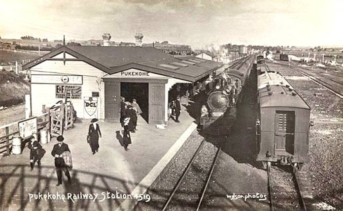 1915-pukekohe-train-station