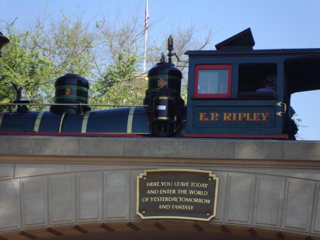 Disneyland Arch