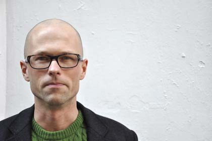 Lars Bang Larsen on Frank Prattle with Zefrey Throwell