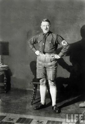 Adolf Hitler (35)