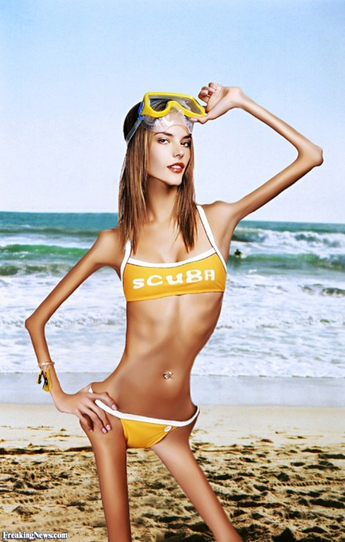 Anorexic-Alessandra-Ambrosio-on-the-Beach--40586