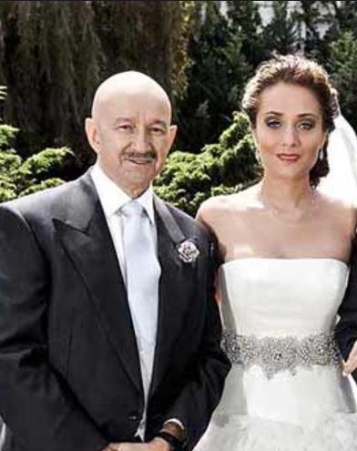 salinas and wife