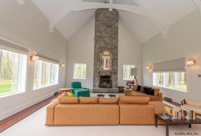 sara bronfman living room two story fireplace