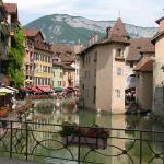 Annecy, prachtige stad aan het water