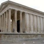 Nîmes, de stad die telkens weer blijft verrassen!