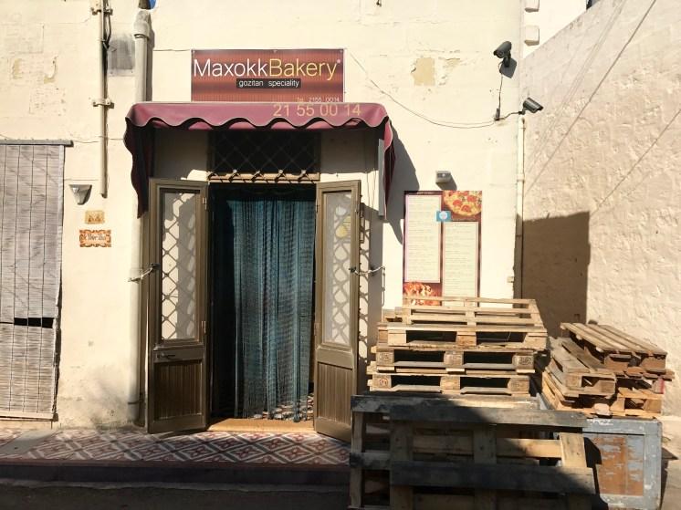 Für eine leckere lokale Pizza kommt man an der Maxokk Bakery in Nadur nicht vorbei