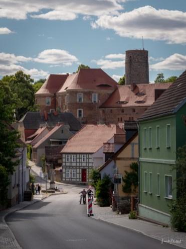 Die Burg Eisenhardt thront über Belzig