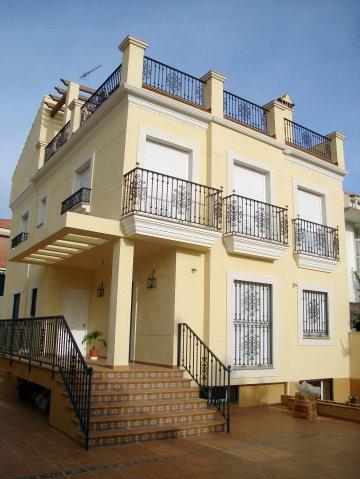 Chalet construido en Cáceres