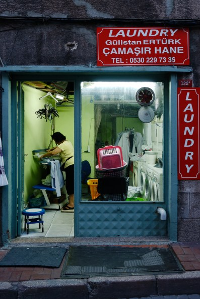 0097__DXO-_estambul-_Istambul-_store_front_fran_simo__A003448_DxO