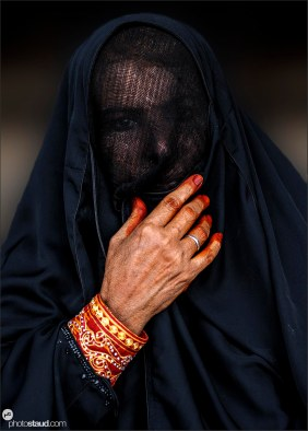 Omani woman in traditional costume, Oman