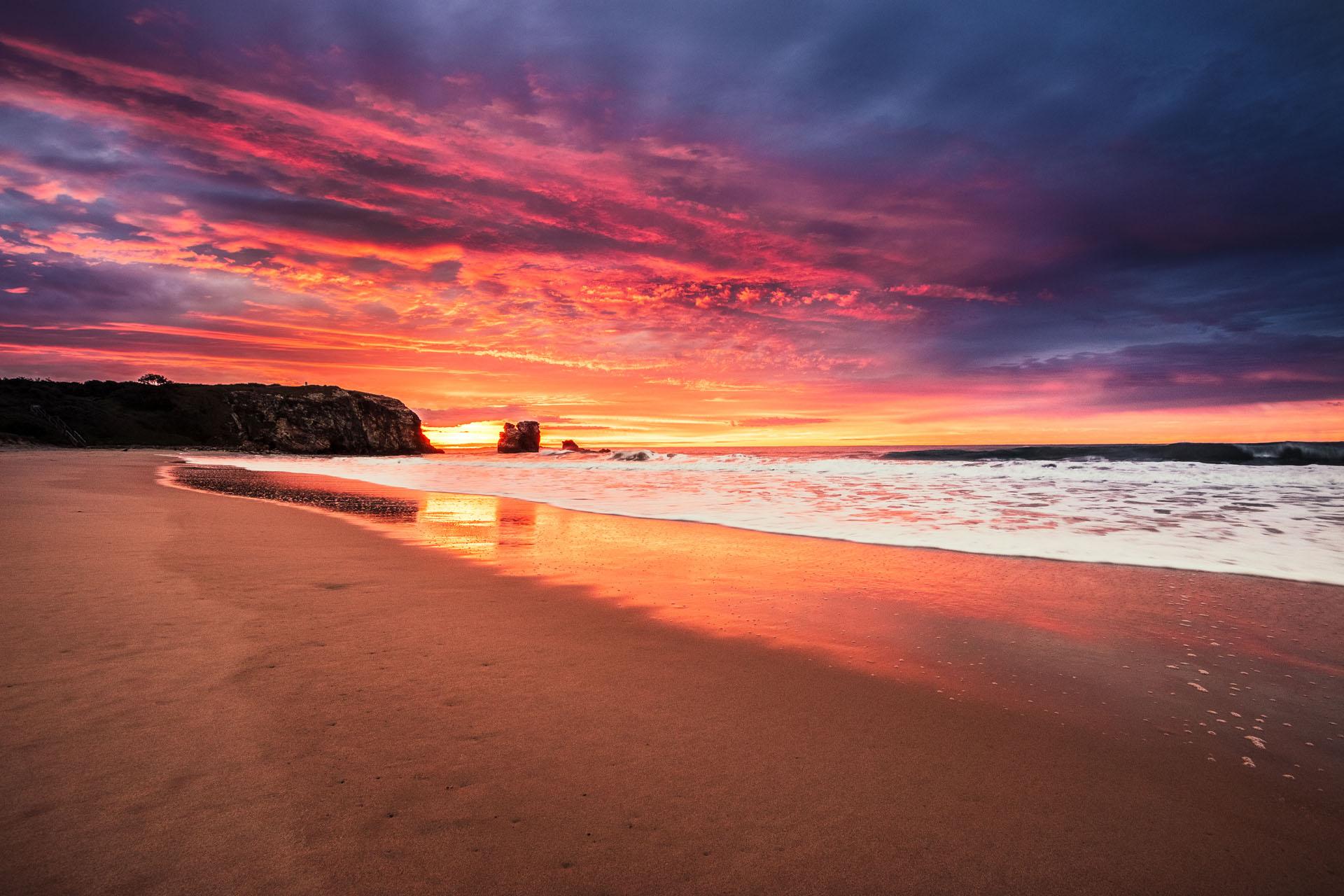 Vibrant Red Rock sunrise - Franzi Photography