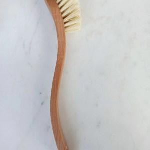 Cepillo para fregar biodegradable- de madera maciza de haya y fibra vegetal