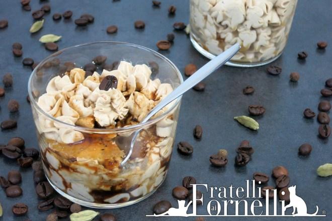 dessert al caffè e caramello