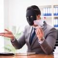 不正転売とは?不正転売されたチケットを使用した場合に考えられるトラブルや、チケット不正転売禁止法について