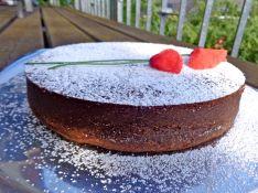 Chocolate-Hazelnut-Cake 3