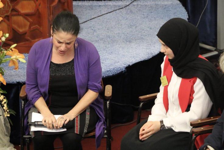 Jüdische Kantorin Dana Zeimer im Gespräch mit der muslimischen Studentin Kübra Böler