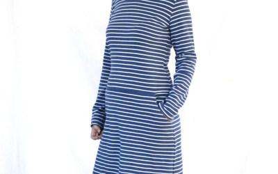 Ein Kleid und eine Jogginghose nach Schnittmustern von Studio Schnittreif