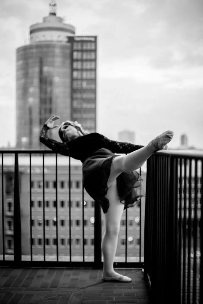 TerriBell beim Portraitshooting auf der Plaza der Elbphilharmonie