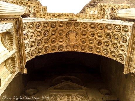 Castel Nuovo Neapel
