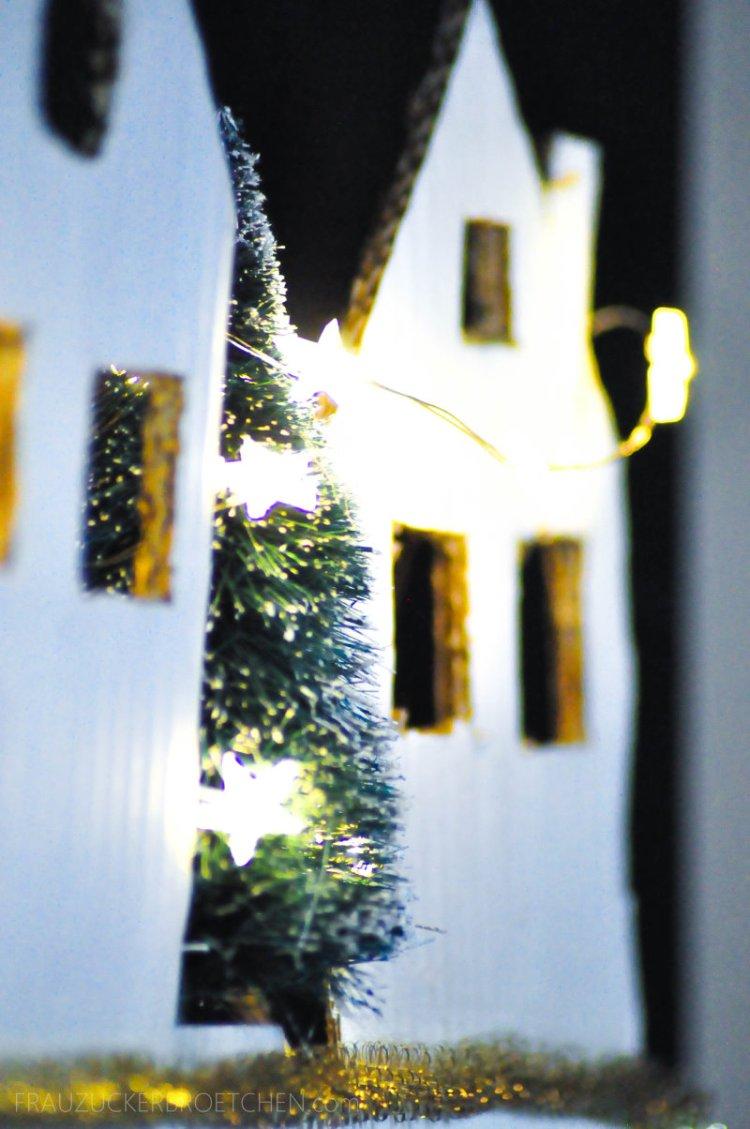 Advent Advent ein Lichtlein brennt - Selbstgebastelter Adventskalender