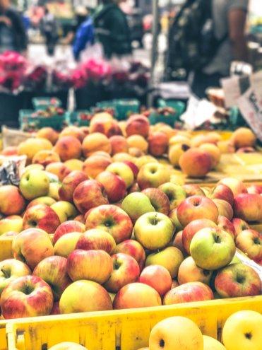 New York Food Markets_City Hall Green Market2