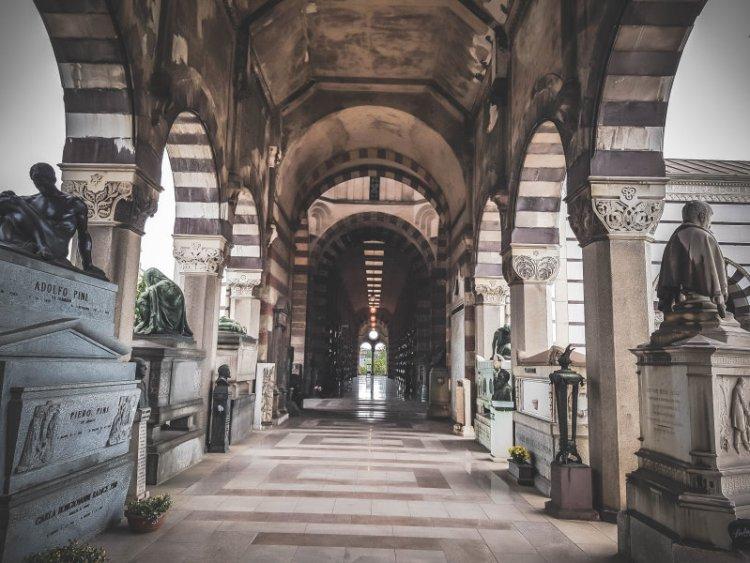 Cimitero Monomentale_Ruhmeshalle.jpg