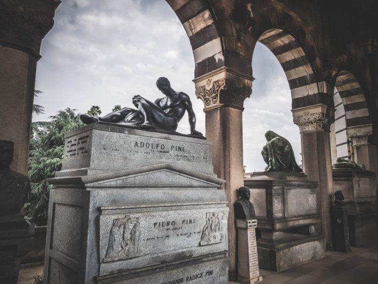 Cimitero Monomentale_Ruhmeshalle2.jpg
