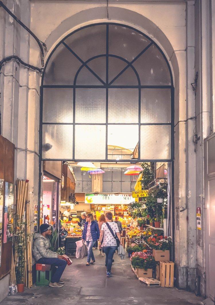 Der oriantalische Markt Genua2
