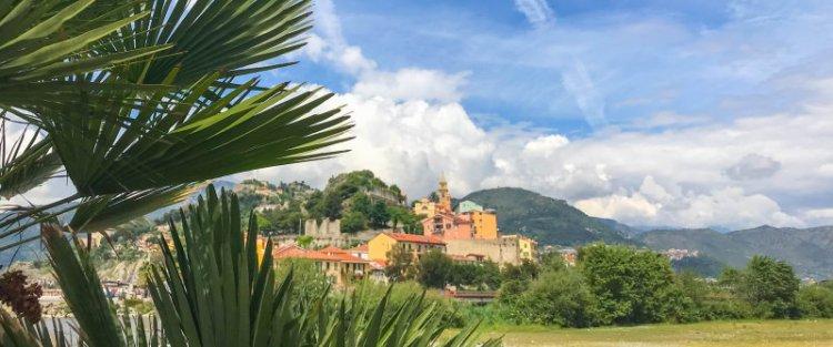 Ventimiglia an der ligurischen Küste von Italien