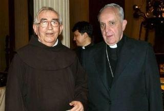Papa Francisco pide oraciones