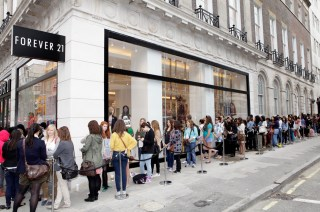 FOREVER 21 OPENS ON OXFORD STREET, LONDON