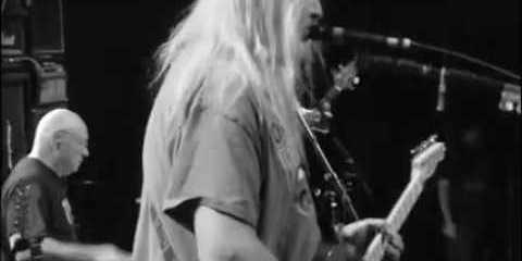 Dinosaur Jr – Bits and Pieces by O